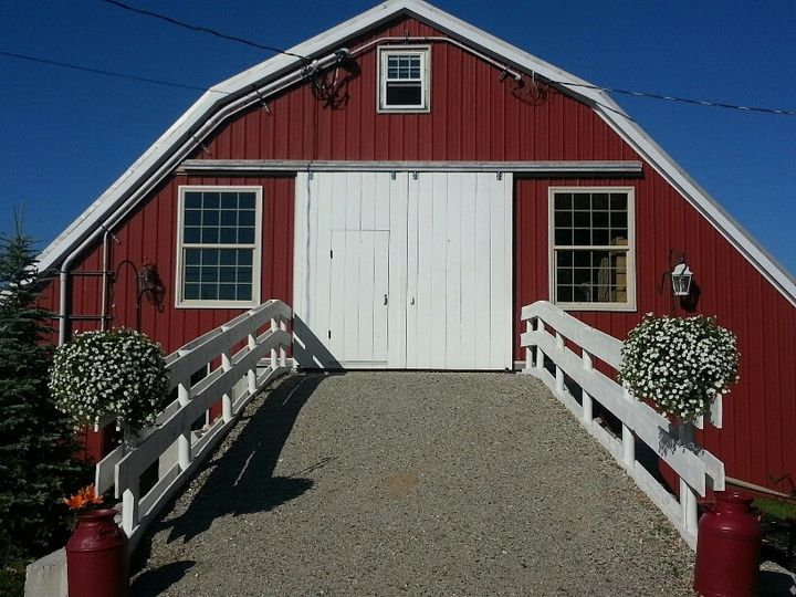 Maine Wedding Barn front entrance. The Brides main entrance for all to see!