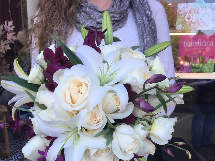 Tmx Img 8389 51 785605 Farmington, ME wedding florist