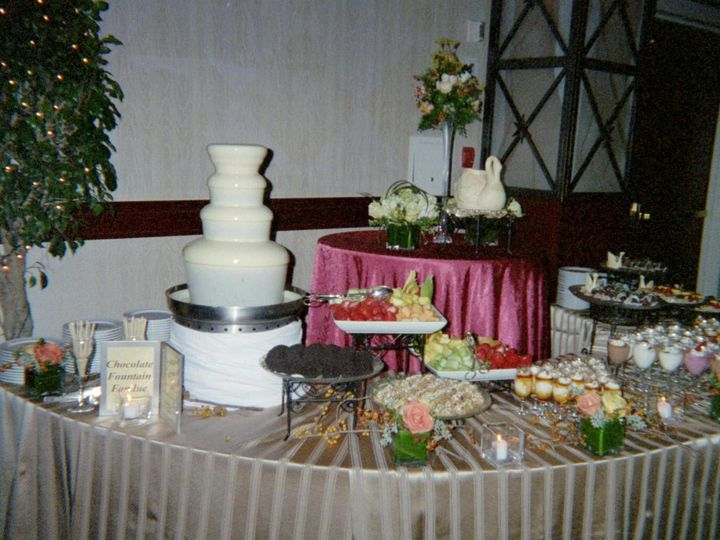 Tmx 1374288988045 Med White With Food Herndon wedding cake