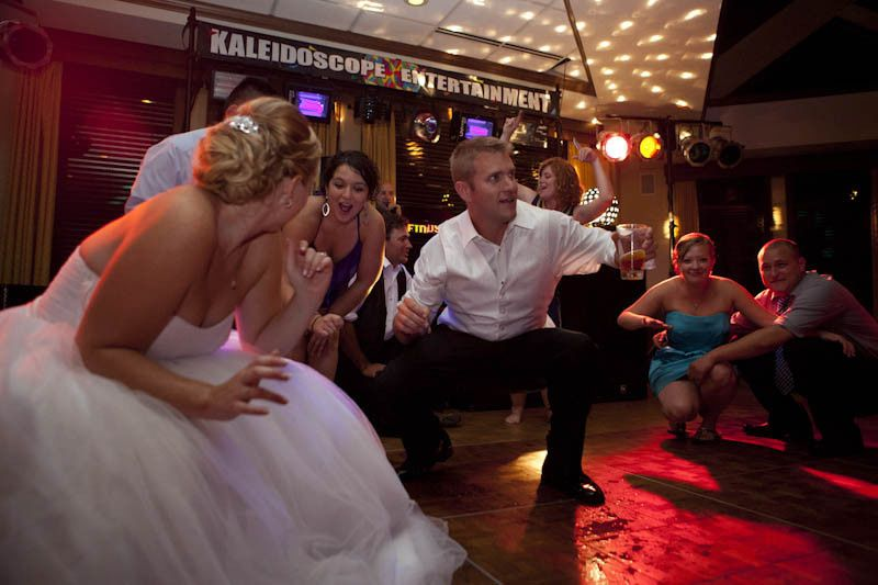 reception dancing 211