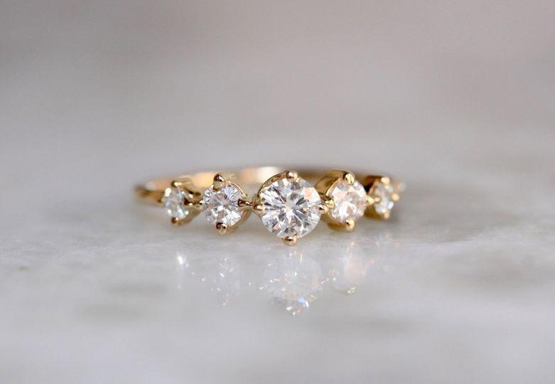 DIAMOND ROW