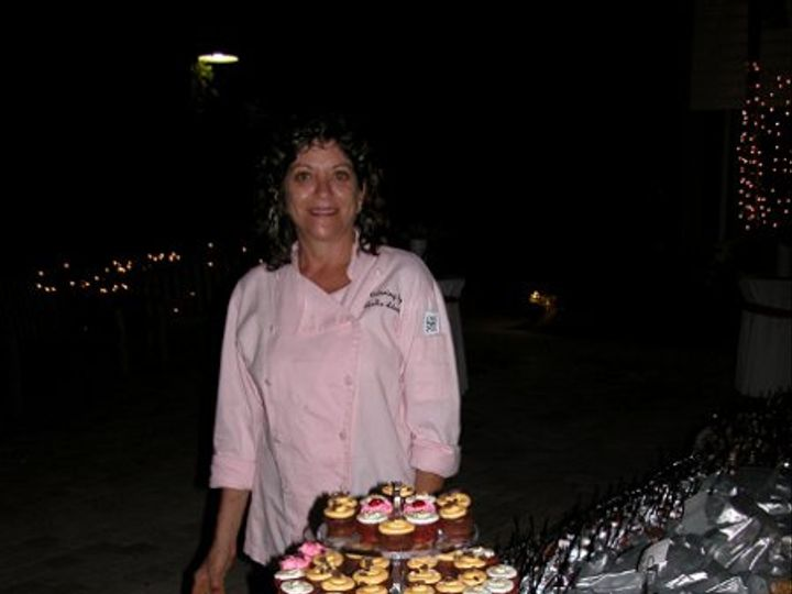 Tmx 1313701109810 LeslieCupcakeDisplay Sanibel, FL wedding catering