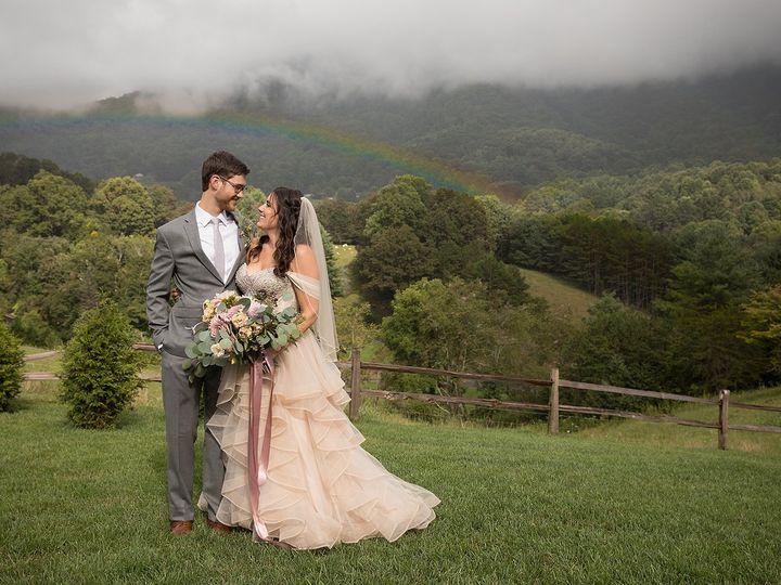 Tmx 2t5a8119 51 962705 1559776523 Asheville, NC wedding planner