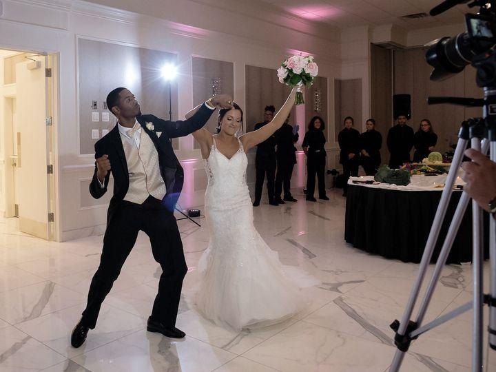 Tmx Crane 379 51 82705 V1 Saint Clair Shores, MI wedding venue