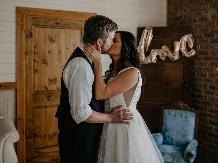 Tmx Juliajustin 60219 0543wedwire 51 1043705 1566069923 Charlotte, NC wedding photography