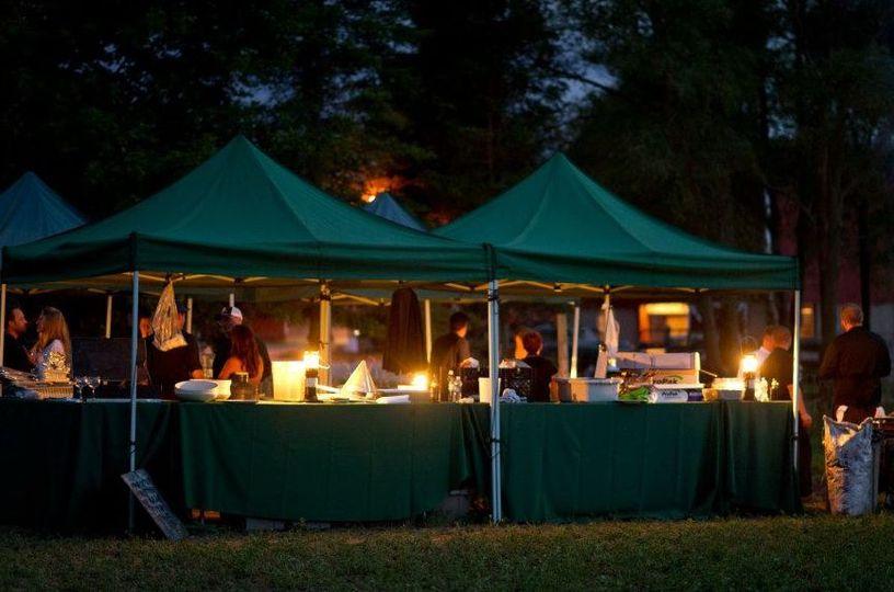 Tent setting