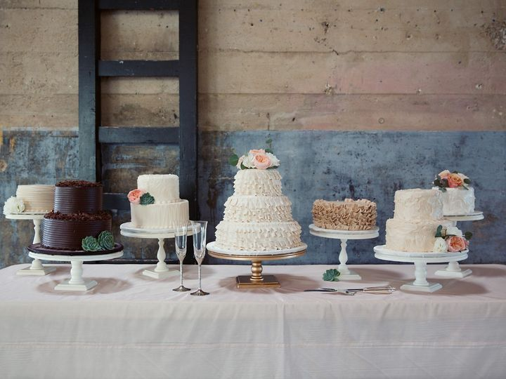 Tmx Kristinandandrewsig 095 51 1904705 157867640292979 Garland, TX wedding cake