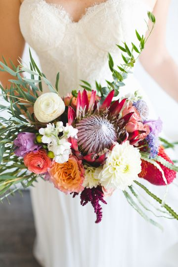 Posies and Poms Floral Designs