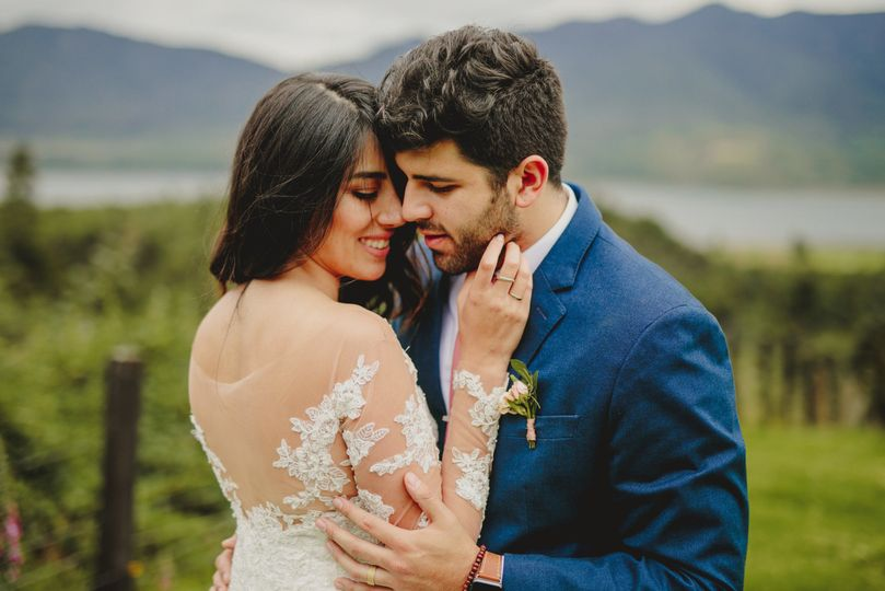 b9f4ba9e12440e0f 1535068739 d0a0e2b601ac85d4 1535068738697 1 Colombian wedding