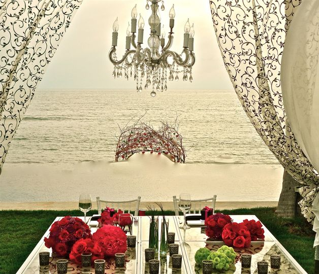 bride and groom table deluxe