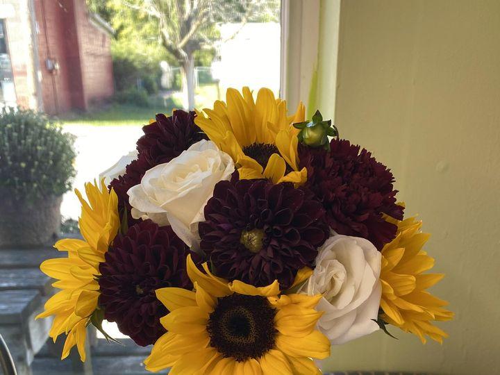 Tmx 0e5c091d 1c4d 4cb8 A006 132812a17c64 51 30805 160131544593446 Fishkill, NY wedding florist