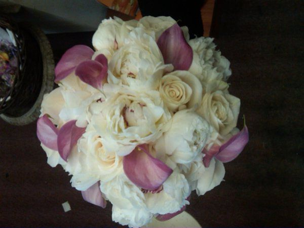Tmx 1243704679692 IMG001602009052910471 Fishkill, NY wedding florist
