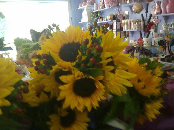 Tmx 1279652700012 IMAG0070 Fishkill wedding florist