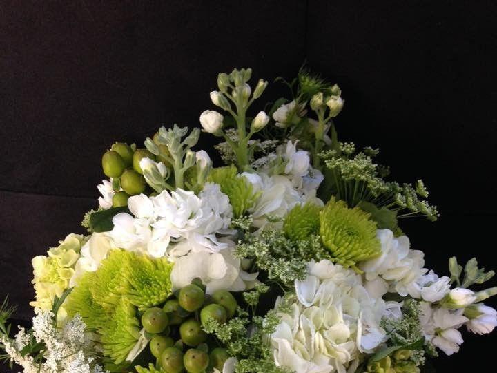 Tmx 1415986099135 104119389765606390370078104879954456887727n Fishkill wedding florist