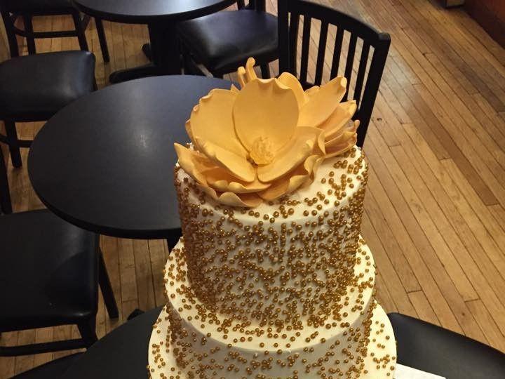 Tmx 1458333989985 Gold Cake Princeton wedding cake