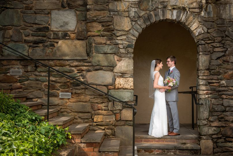 Wedding couple | Photo by AwesomeSauce Photography