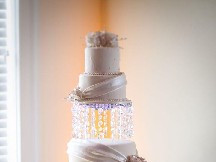 Tmx 1526339267 283cc56183ea9883 1526339264 1eb01869acfacaf1 1526339264032 10 Ivory With Drapes Orlando, FL wedding cake