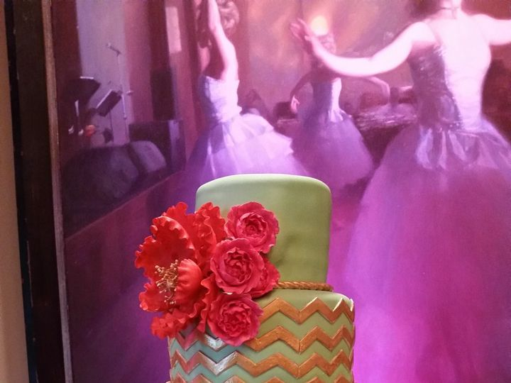 Tmx 1534453988 B2a3028424b16932 1534453985 62e2b3dfba270fca 1534453983253 7 Green Gold And Fus Orlando, FL wedding cake