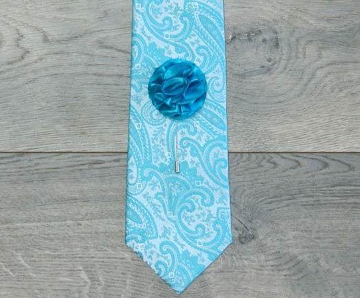 Blue printed tie