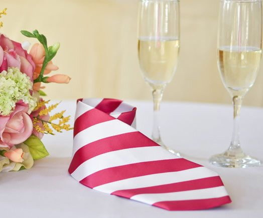 White and red striped tie