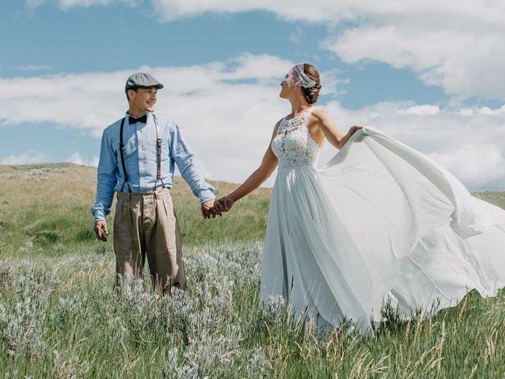 Tmx 1537830415 C7614d1b1babd790 1537830415 Cda1405ece6f0e74 1537830414394 5 35747344 218102111 Bozeman, Montana wedding photography