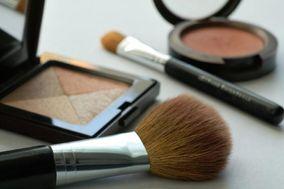 Julie Acosta Hair & MakeUp Artist