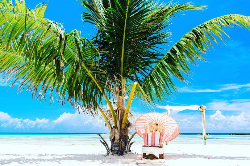 Paradise Cove Resort,  Bahamas