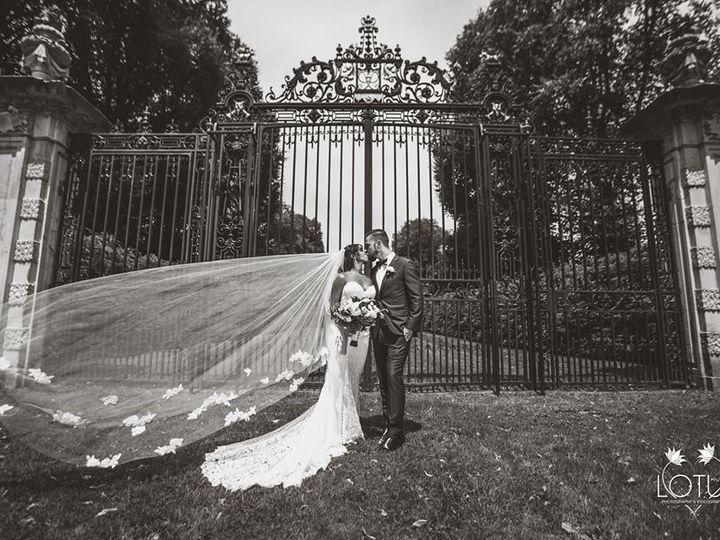 Tmx 41710808 1767264433371895 374662925081640960 N 51 3905 New York, New York wedding dress
