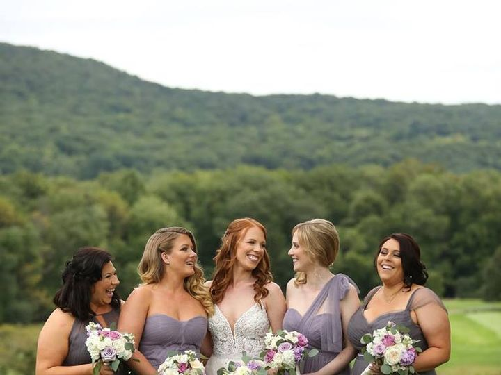 Tmx 49307629 10155900448393344 5673445145664552960 N 51 3905 New York, New York wedding dress