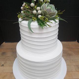 Tmx 17596408 373346683065851 9030472741920178176 N 51 6905 Cary, NC wedding cake