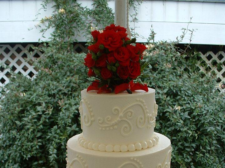 Tmx Elegant Scrolls 51 6905 Cary, NC wedding cake