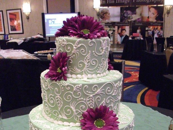 Tmx Wedding Show Crabtree Marriott 2010 51 6905 Cary, NC wedding cake