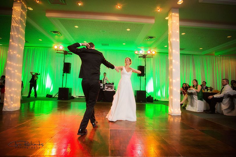 First dance at Skyline Country Club. Photo courtesy of Chris Richards Photography.