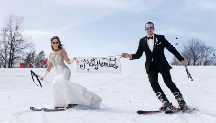 Tmx Screen Shot 2020 10 19 At 5 22 53 Pm 51 1317905 160314624784103 West Hartford, CT wedding beauty