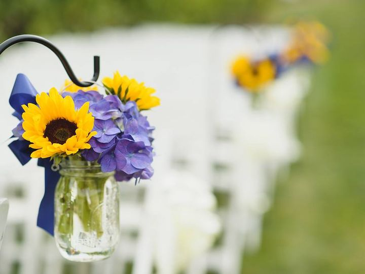 Tmx 26849947 10211956195235240 2983241958789798413 O 51 1057905 Waterbury, CT wedding florist