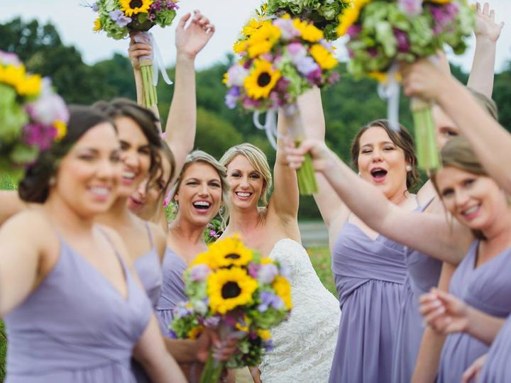 Tmx 26850381 10211956216435770 1618771398428387731 O 51 1057905 Waterbury, CT wedding florist