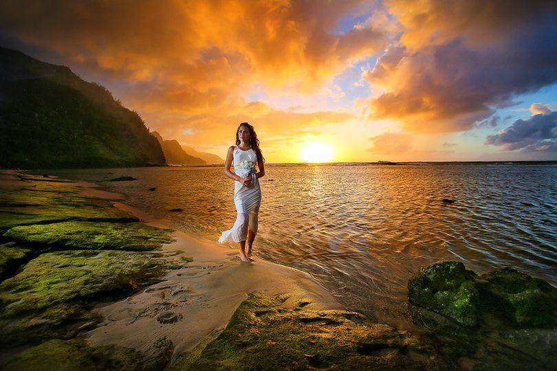jonathan moeller tess photographer hawaii kauai ha