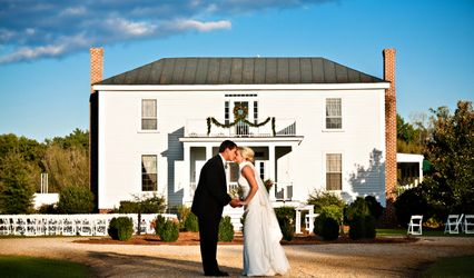 The Benjamin W. Best Country Inn and Carriage House- The Barn at Nooherooka
