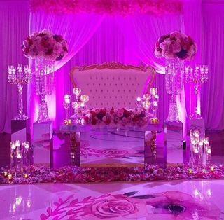 Head table decor and lighting