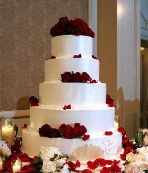 Rose petal and fondant brass cake