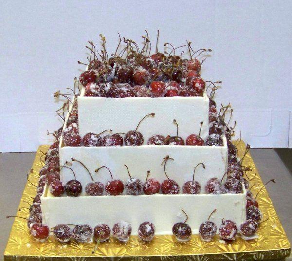 sweet temptations wedding cake baltimore md weddingwire. Black Bedroom Furniture Sets. Home Design Ideas