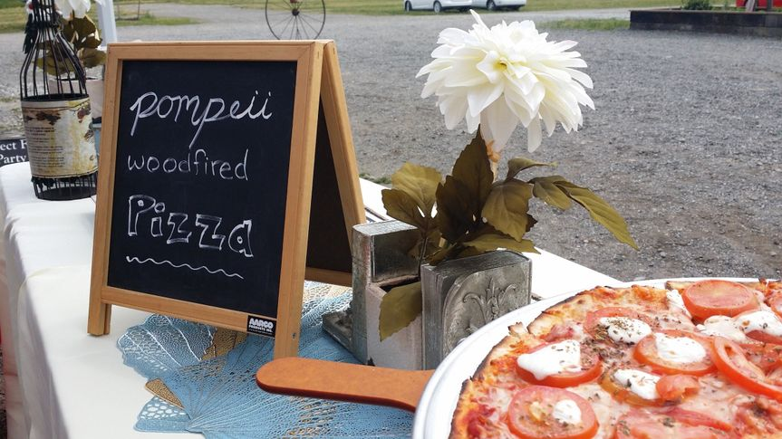 Our famous white Margherita pizza