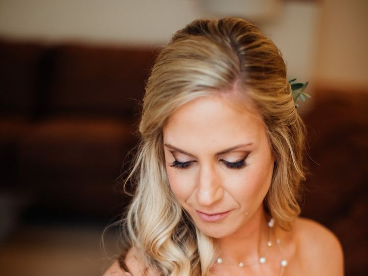 Tmx Julie Daniel Gettingready 139 51 413015 Breckenridge wedding beauty