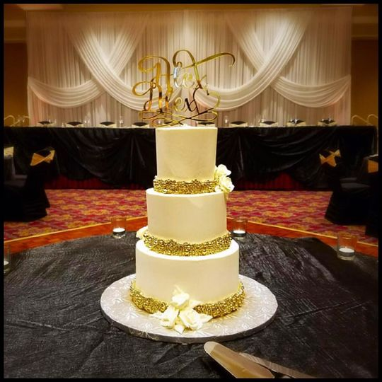 MILETTES CAKES - Wedding Cake - Plainfield, IL - WeddingWire