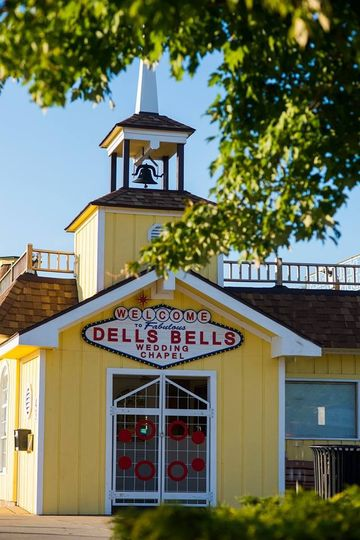 outside view of dells bells wedding chapel