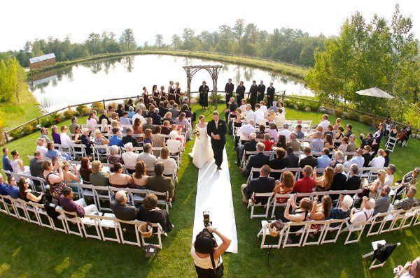 Wedding ceremony at the ponds