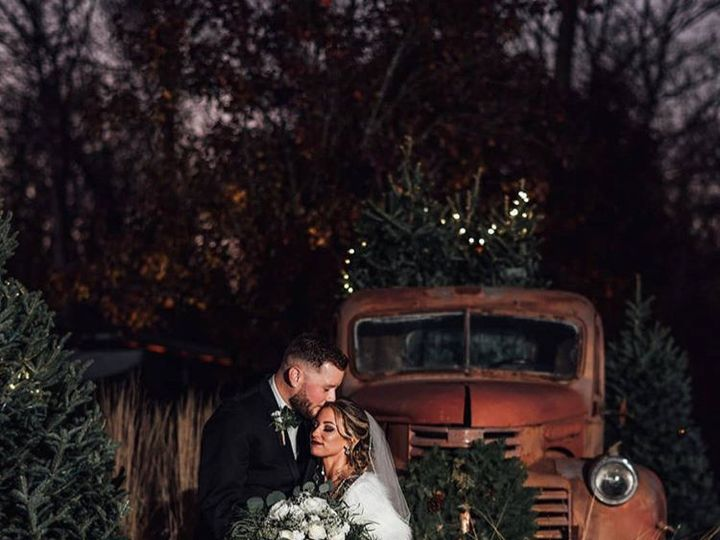Tmx 1531507155 Ff9525a2c80a49ba 1531507154 7d71e492526805b5 1531507157513 2 Winter Truck Hamilton Township, NJ wedding venue