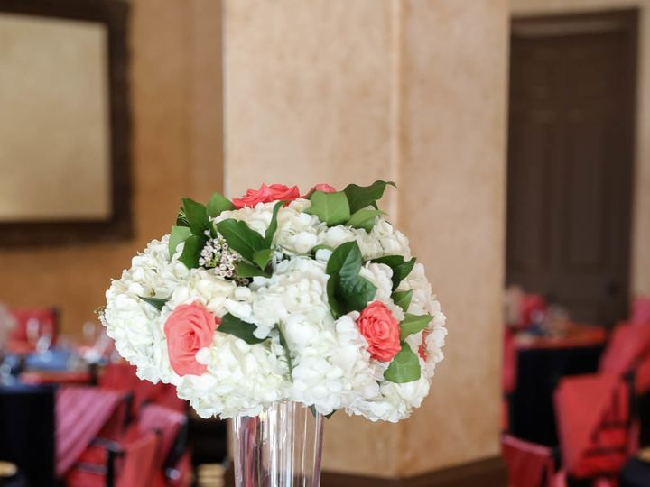 Tmx 1515954137 C12cec41424c8014 1515954136 01581324f5f942ee 1515954135297 11 0442 Irving, TX wedding florist