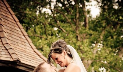 Celebrations-Wedding Officiant and Event Planning