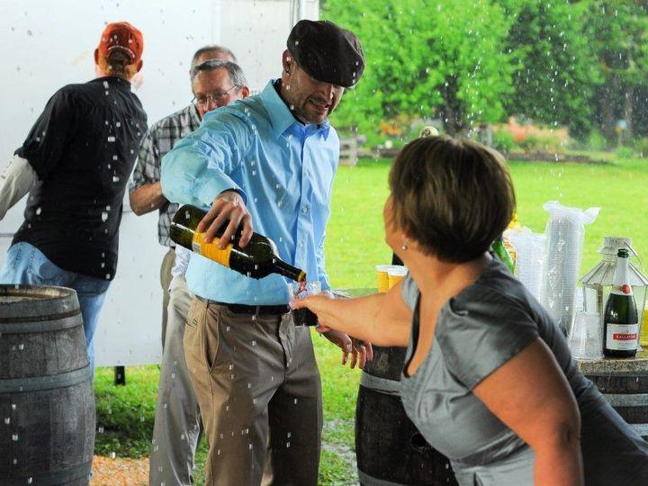 Tmx Drinks In The Rain 51 1958015 159414829061376 Forest Grove, OR wedding venue